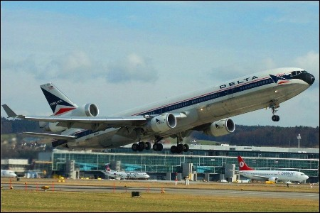 Delta Virtual - McDonnell Douglas MD-11